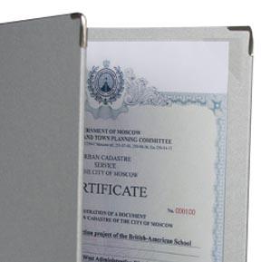 desky diplomy certifikáty